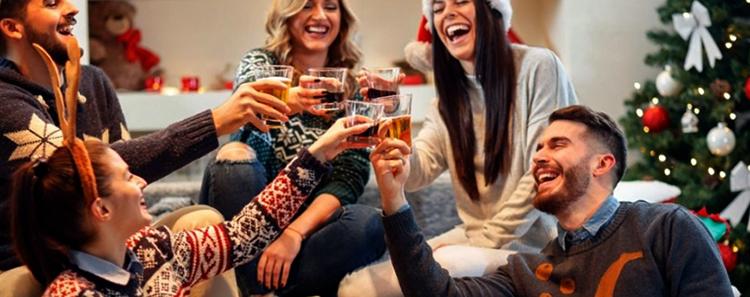 Счастливые люди пьют