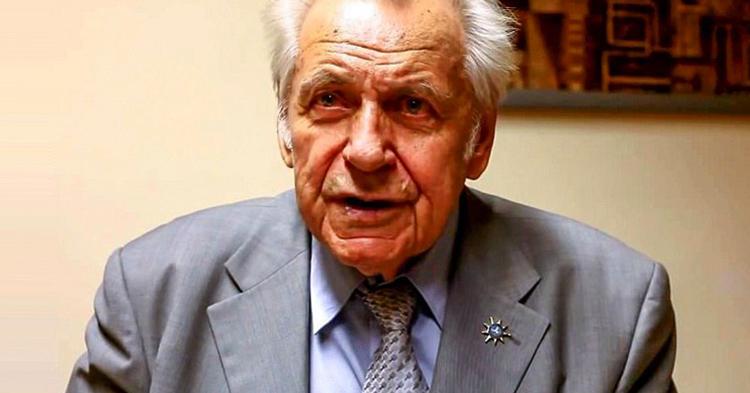 Знаменитый профессор Неумывакин