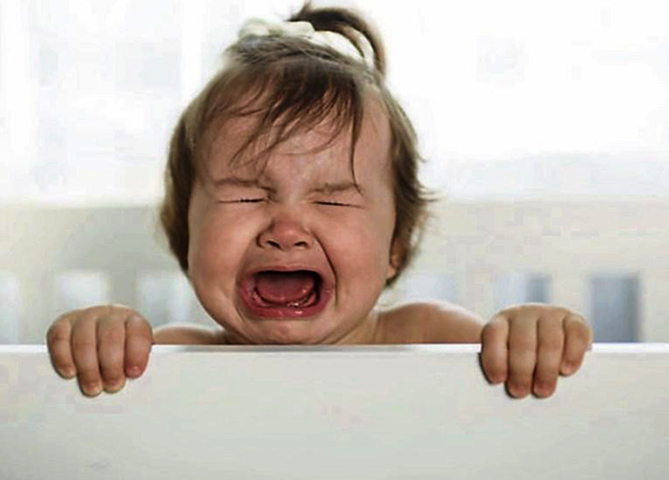 У малыша истерика