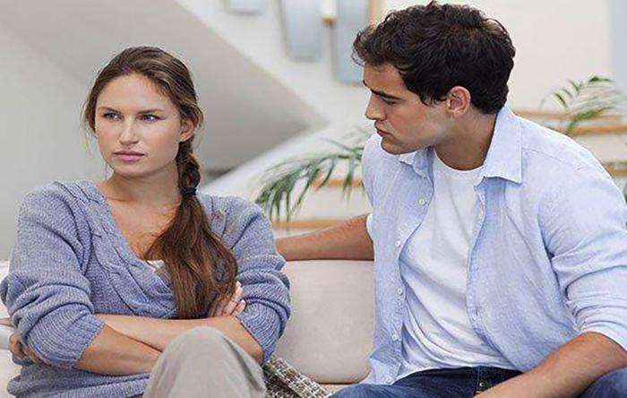 Жена и муж-манипулятор