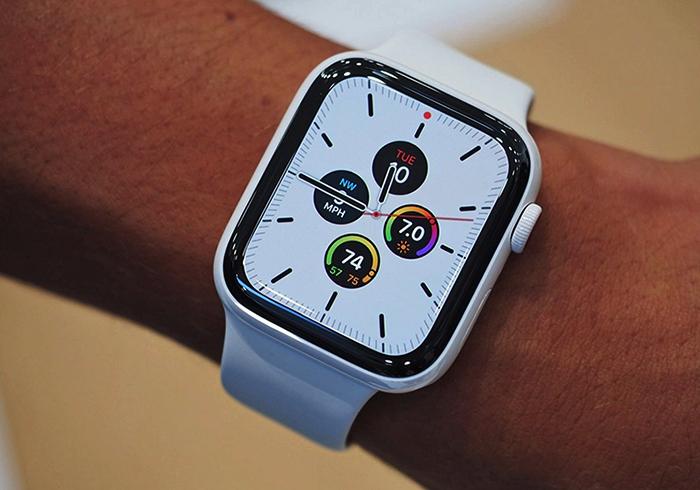 Apple Watch на руках