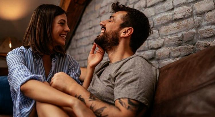 Муж и любящая жена