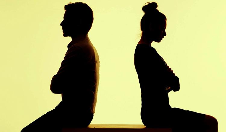Муж и жена перед разводом