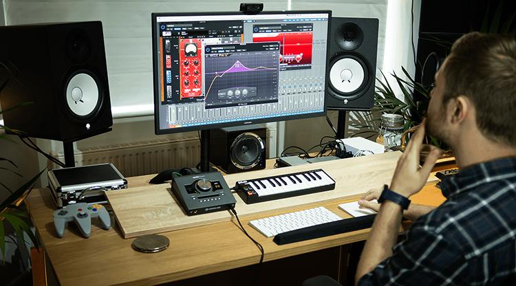 Музыкант и компьютер
