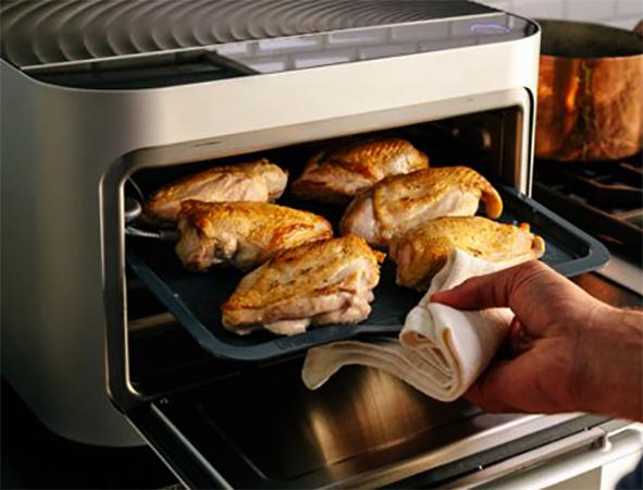 Приготовление еды в настольной духовке
