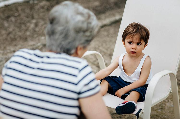 Свекровь настраивает внука